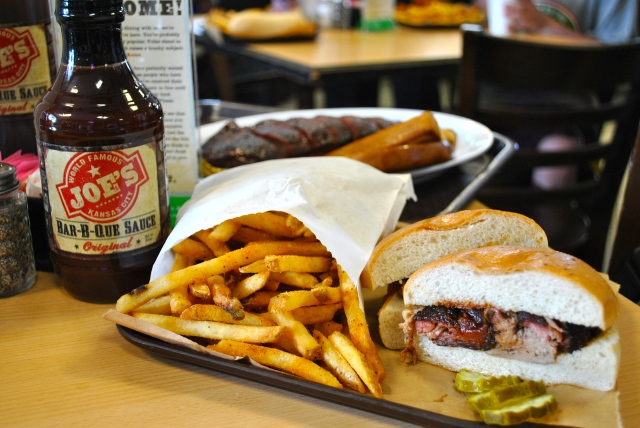 Barbecue Fries BBQ Pulled Pork food Good Eats Oklahoma Joe's