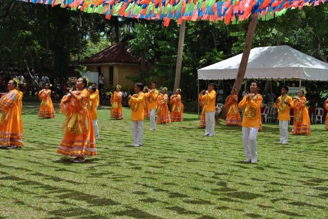 cultural dancers danao philippines