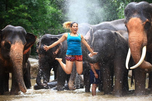 RLRB travel blog jumping pic thailand elephants